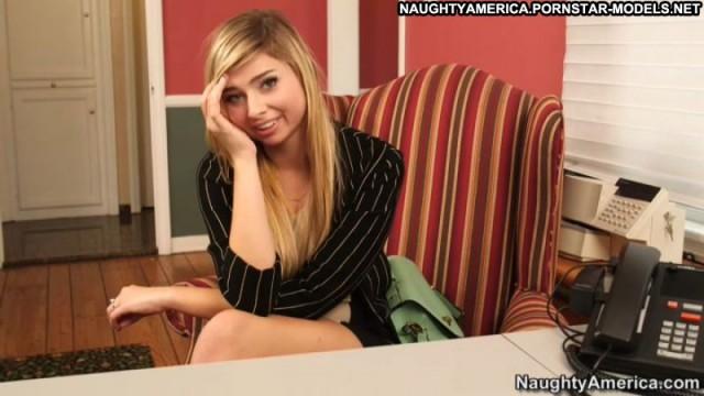 Molly Bennett Blonde Ass Nude Hardcore Videos Uniform Secretary Big